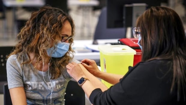 Northeast Calgary hockey arena transformed into mass vaccination clinic this weekend