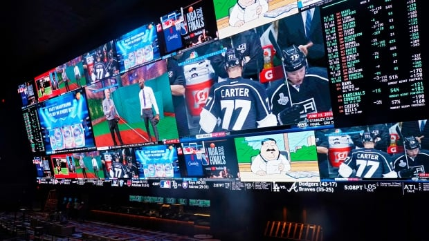 House of Commons passes bill that would legalize single-game betting