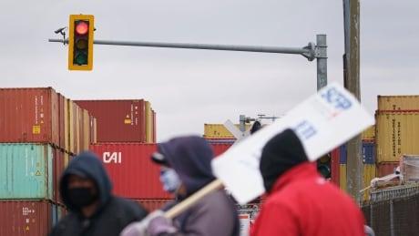 port of montreal strike april