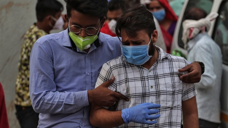 In India, people are begging for hospital beds and oxygen cylinders on social media | CBC News
