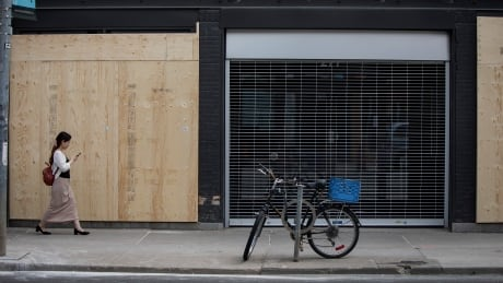 BUISNESSES BOARDED UP