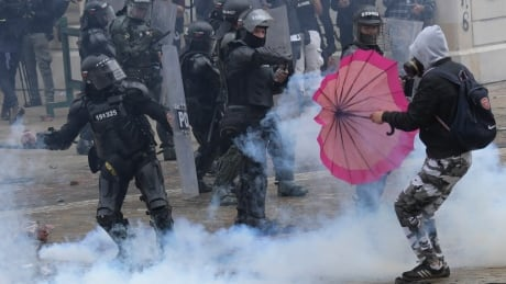 Colombia protests stretch into 7th day as UN condemns police violence