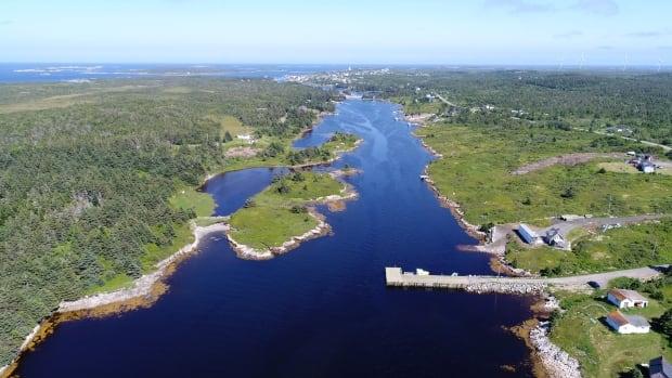 Canada transfers ownership of 2 fishing wharfs to Nova Scotia First Nations