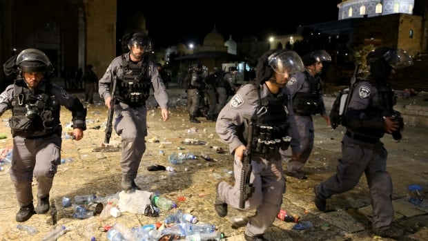 More than 200 Palestinians hurt in night of clashes in Jerusalem, medics say