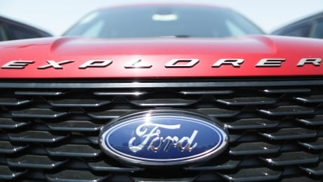 Ford recalls 661,000 Explorer SUVs in Canada, U.S. and Mexico over roof rail concerns