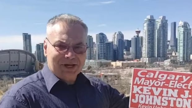 Calgary mayoral candidate threatening to dox health workers about to get voter list with addresses   CBC News