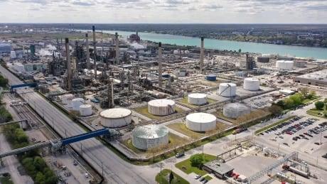 Sarnia refineries