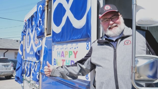 Bucky's Métis music van brings culture, music and joy to the streets of Selkirk