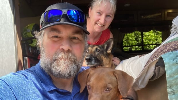 B.C. couple stranded in RV as pandemic restrictions block arrival at their new home in Nova Scotia | CBC News