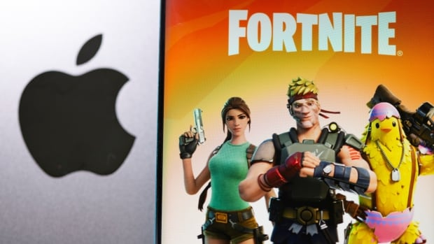 Tim Cook takes witness stand to defend App Store against Fortnite maker in Epic lawsuit   CBC News