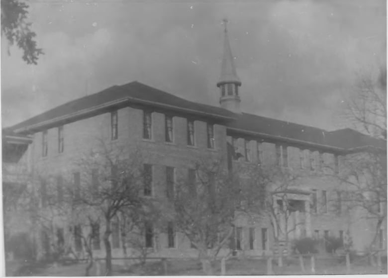 Ottawa says it's not liable for cultural damage caused by Kamloops residential school: court documents