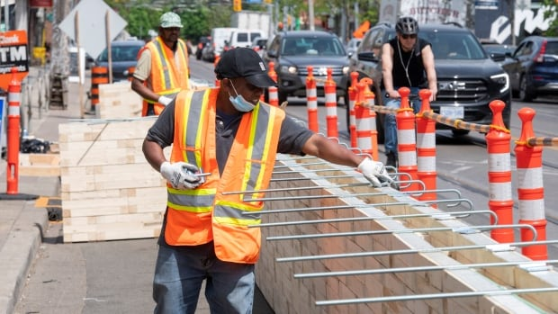 Economy lost 68,000 jobs in May, unemployment rate rose slightly to 8.2%