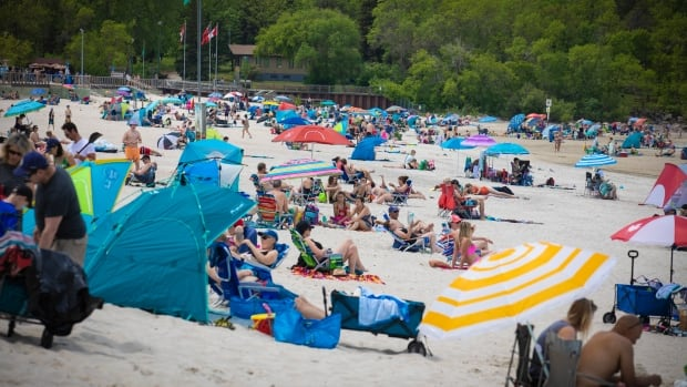 Residents, visitors have concerns about enforcing COVID-19 restrictions at Manitoba beaches
