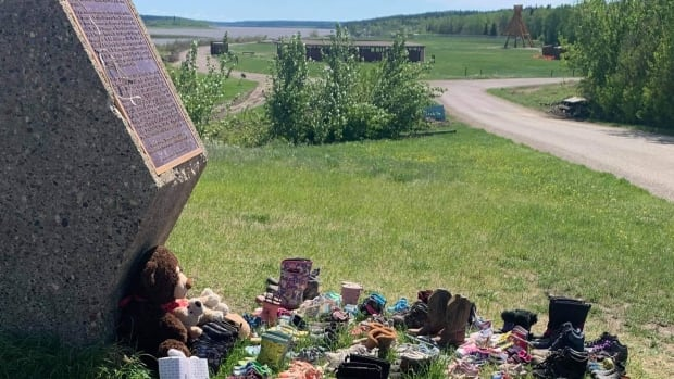 Fort Simpson, N.W.T., reckons with 'wounds beneath the surface' as burial sites enter public discussion   CBC News