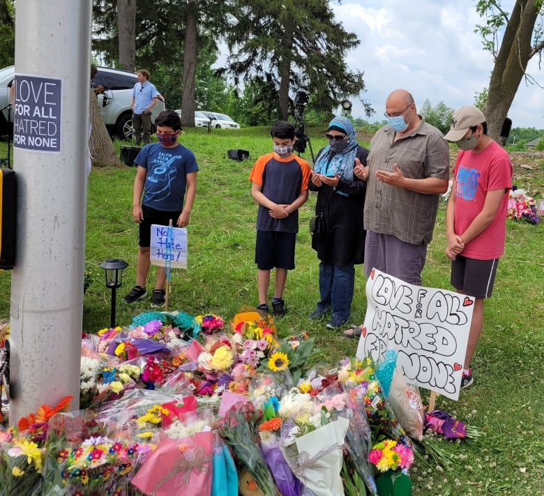 Speakers denounce anti-Muslim hate at vigil for family killed in attack