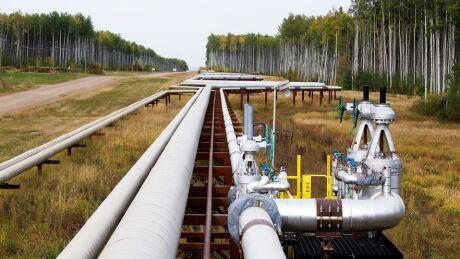 McKay River Suncor pipelines