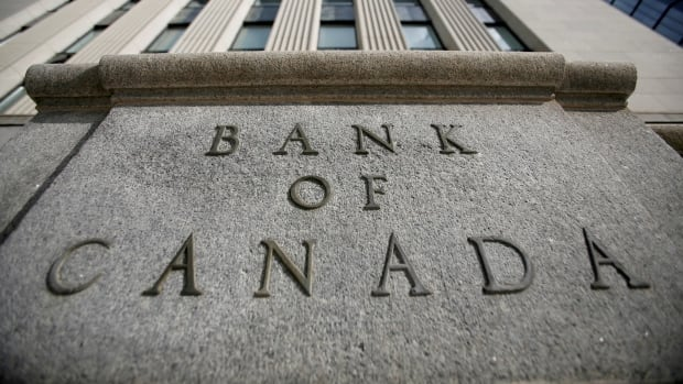 Bank of Canada keeps benchmark interest rate at record low