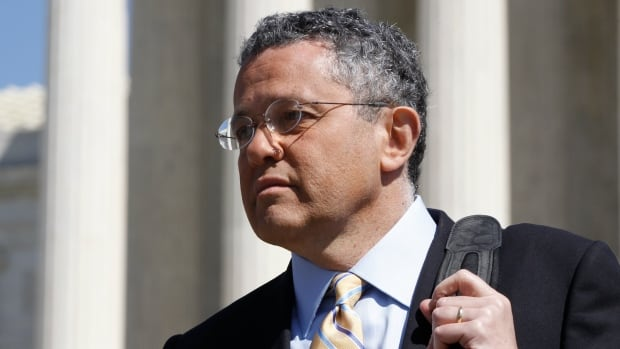 Jeffrey Toobin returns to CNN in first appearance since Zoom call incident