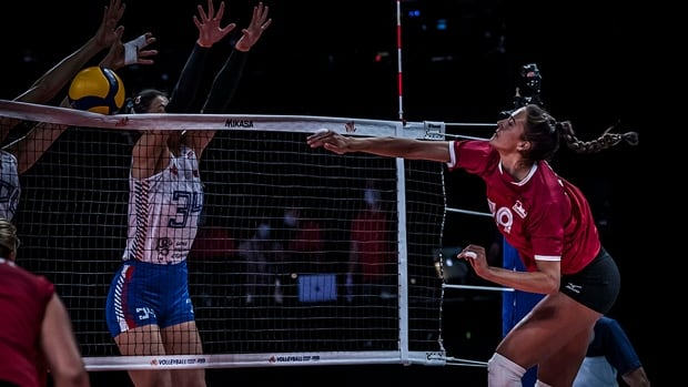 Canada's women end slide in Volleyball Nations League with 4-set win over Serbia | CBC Sports
