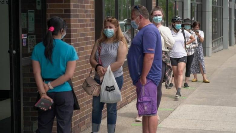 Ontario reports 384 new COVID cases Wednesday