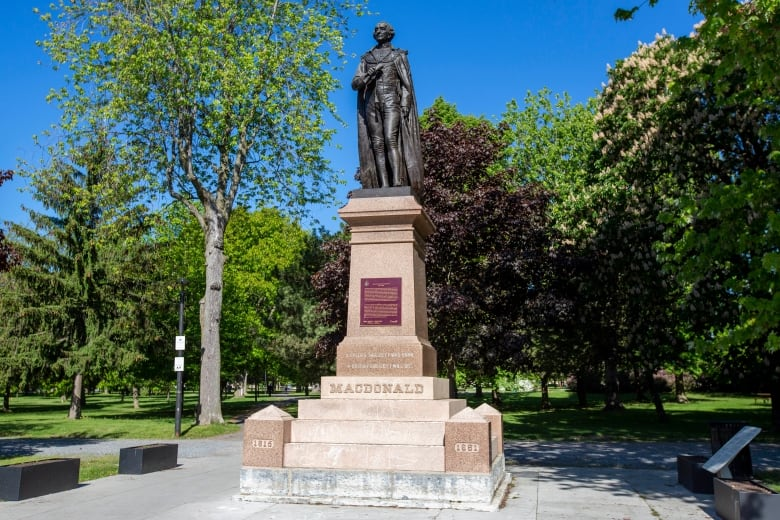 Kingston to move Sir John A. Macdonald statue from City Park