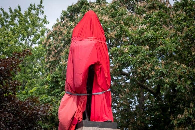 kingston sir john a macdonald statue tarp protest
