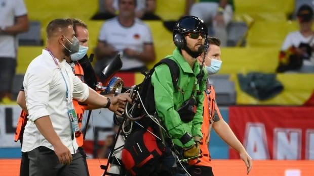 Greenpeace apologizes, local police slam Euro 2020 parachute protest