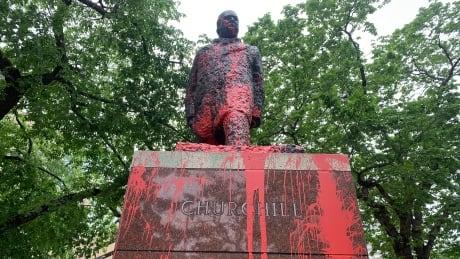 Churchill statue defaced