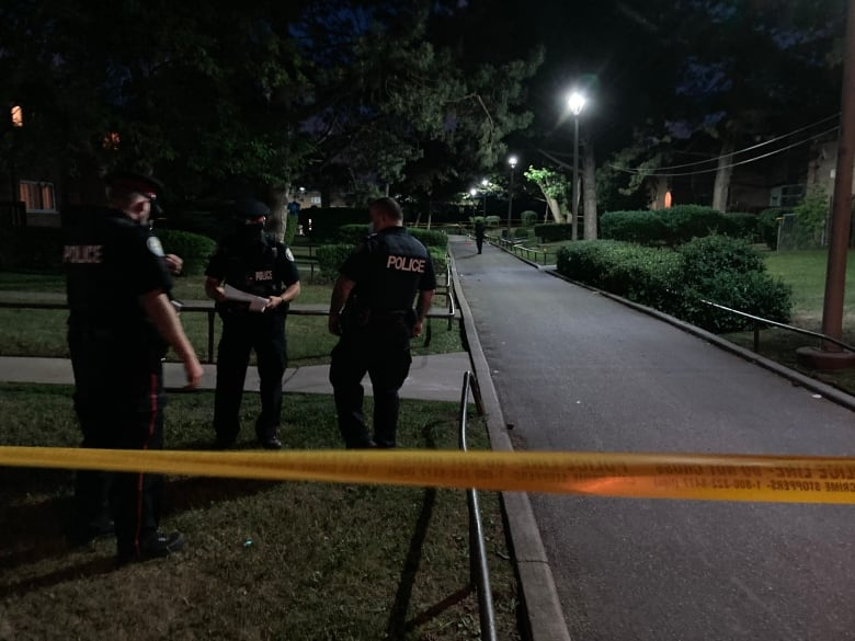 5-year-old girl in life-threatening condition after birthday party shooting in Toronto