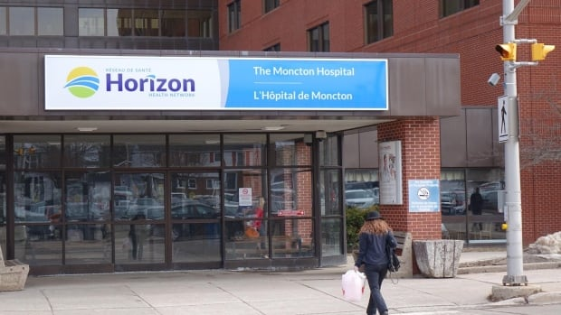 Horizon clinic treating mystery brain disease patients still doesn't have social worker, psychologist