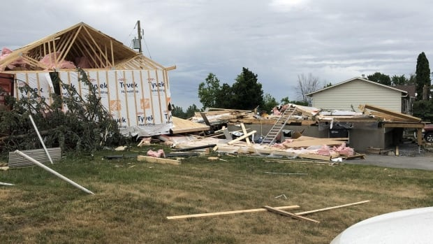 Cleanup begins in Mascouche, Que., after tornado strikes with wind speeds reaching 220 km/h | CBC News