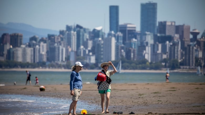 B.C. heat wave shatters Canadian record for highest temperature ever  recorded | CBC News