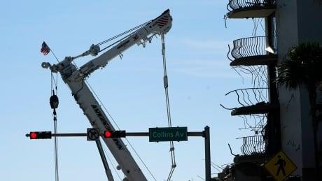 APTOPIX Building Collapse Miami