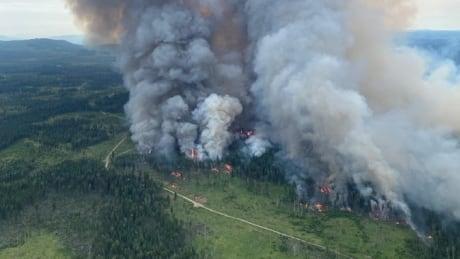 Deka Lake wildfire