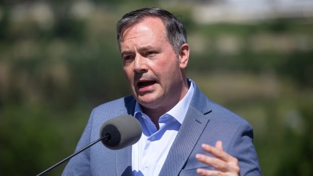 Kenney can't change federal system but he can make sure you don't lose an hour's sleep in March