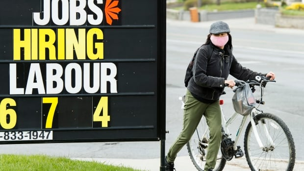 157,000 new jobs in September get Canada's economy back above pre-pandemic level