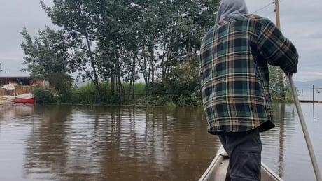 Lake Laberge flooding