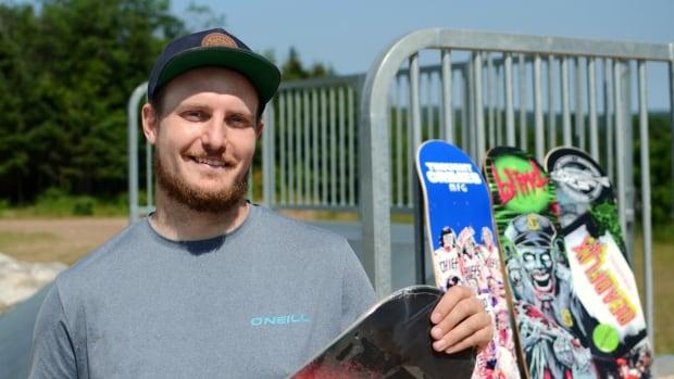 Free classes for Pasadena kids tear down skateboarding barriers