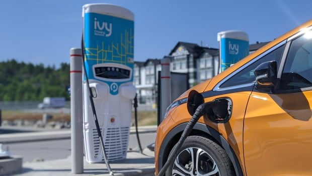 Northwestern Ontario network of electric vehicle charging stations complete