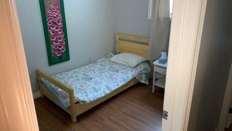 Blooming House room