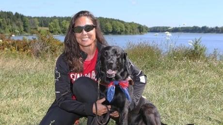 victoria-nolan-guide-dog