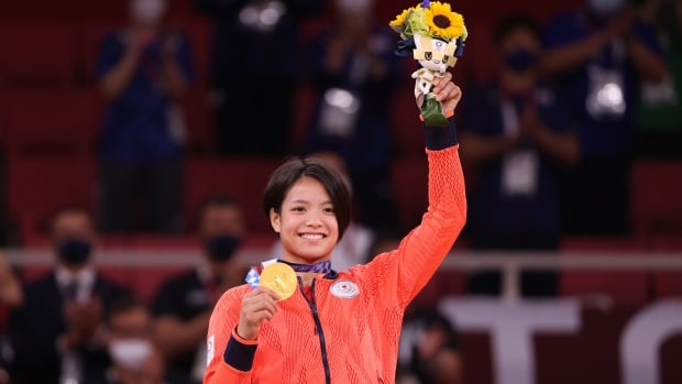 Image Japanese siblings win gold medals on same day in Tokyo, in moment of Olympic history