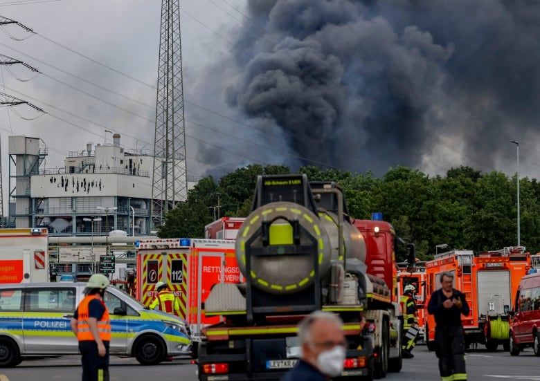 German chemical explosion leaves 1 dead, 4 missing
