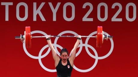 Maude Charron gold medal lift