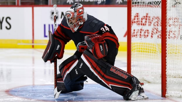 Maple Leafs sign Petr Mrazek to 3-year, $11.4 million US deal