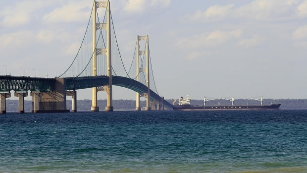 Line 5 pipeline between U.S. and Canada could cause 'devastating damage' to Great Lakes, say environmentalists