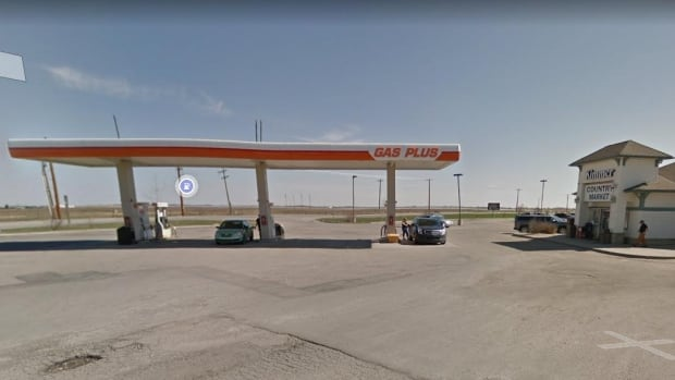 Vehicles break down after southern Alberta gas station mixes up gas and diesel | CBC News
