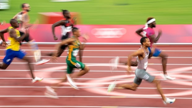 Watch Andre De Grasse, Aaron Brown run for Olympic gold in men's 200m final