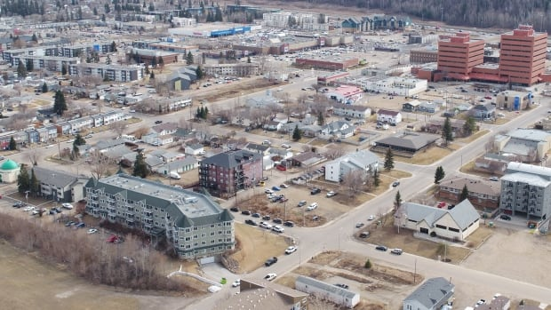 Workers wanted: One-third of Wood Buffalo businesses struggling to recruit staff