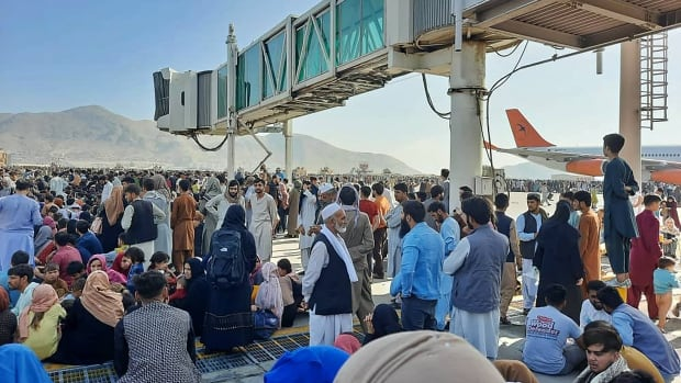 Taliban takeover sparks chaos as people try to flee Kabul